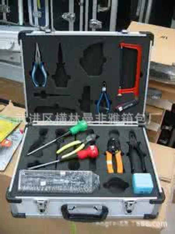 箱包批發 展示儀器箱 展會器材箱  航空器材箱 鋁製醫療運輸箱