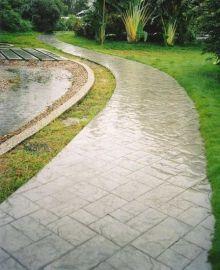 西双版纳压花地坪技术 西双版纳印模混凝土材料 彩色压印地坪建设美丽西双版纳