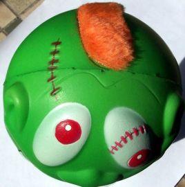 供应PU玩具绅士先生橄榄球PU娃娃球 PU绿娃娃