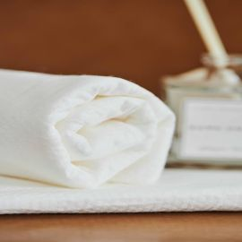 婴幼儿70*70一次性浴巾纯棉  厂家直销 吸水性强 婴儿母婴浴巾