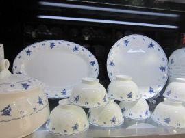 婚庆礼品陶瓷餐具,春节员工福利礼品套装餐具