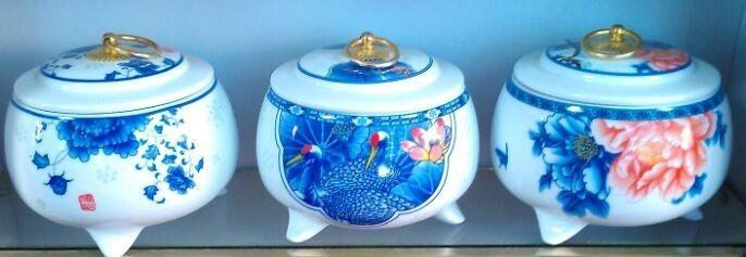 2015年新款陶瓷茶叶罐图片