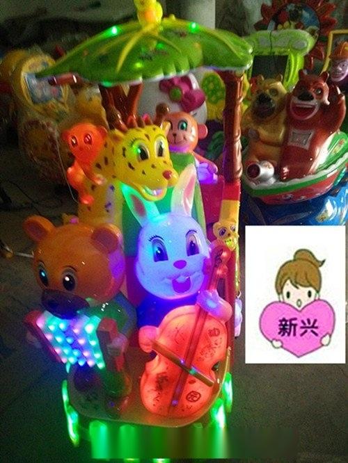 河南省摇摆机厂家直销,熊出没摇摇车价格,郑州新兴游乐