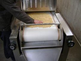 豆制品微波烘干杀菌机