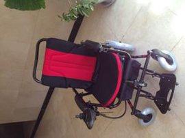 全新威之群雨燕电动轮椅