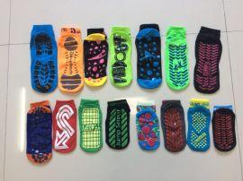 供应运动蹦床袜 防滑点胶袜 各种尺寸的蹦床袜子订做