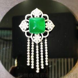 18K金钻石镶嵌祖母绿胸花