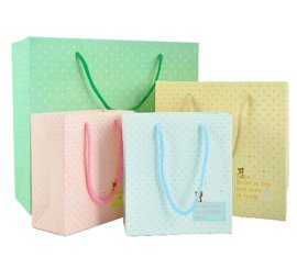 厂家定制手提袋定做印刷 礼品袋 食品牛皮纸袋 白卡服装纸袋印刷