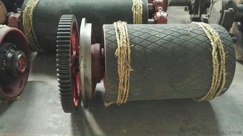 电厂胶带机尾部滚筒型号全的厂家修复包胶