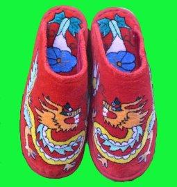 手工刺绣拖鞋