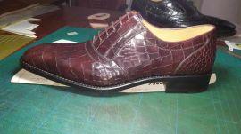 一比一原版真皮高檔男鞋
