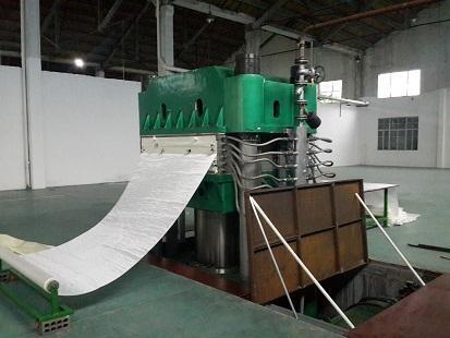 1000吨橡胶平板硫化机,全规格定制。