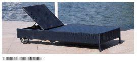 海边沙滩椅 PE塑料户外休闲躺椅 仿藤沙滩椅