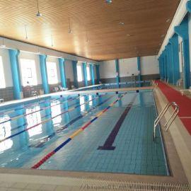 泳池设备工程_恒温游泳池造价