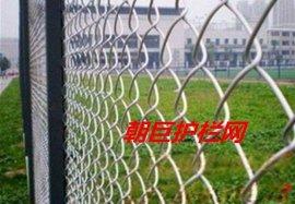 成都体育场围栏网、成都操场围栏、成都球场围栏、成都勾花护栏网、成都体育场防护网