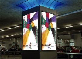 商场广告灯箱