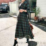一三国际服装厂家尾货批发折扣女装 北京尾货裤子批发白色风衣