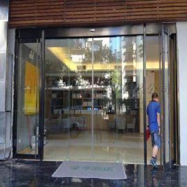 珠海全季大酒店黑钛拉丝不锈钢自动感应门