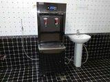 格瑞商用直飲淨水機水量充足,即飲即有,雙效節能