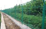 围栏网厂家供应圈地护栏网价格 铁丝围栏网规格