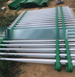 厂家直销市政园林PVC道路护栏  别墅社区外墙塑钢围栏可定制
