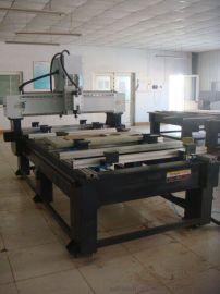 一、FSDM-CNC 双头四工位缝纫机台板雕刻机