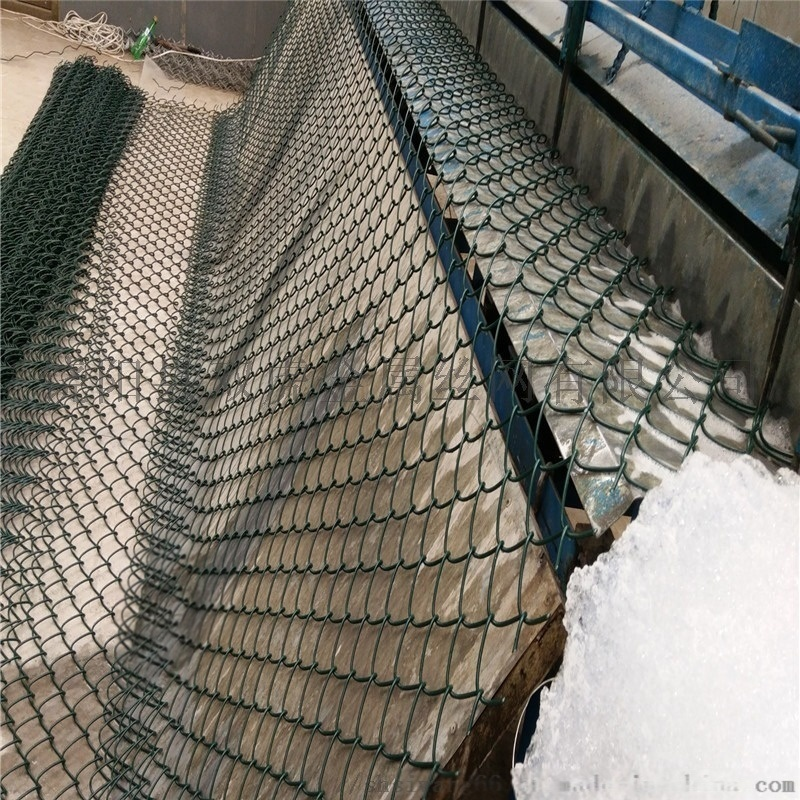 怀化体育场围网球场勾花网包塑勾花网