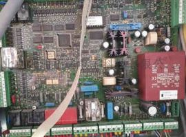富士达电梯配件维修富士达主板门机板接口板显示按钮板变频器维修