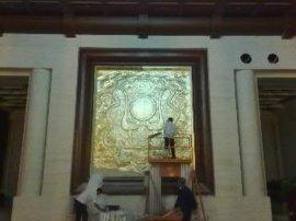 金箔雕塑(2M)