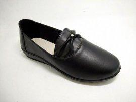 厂家直销注塑鞋,聚氨酯,休闲皮鞋 **处理 ,焦作天狼