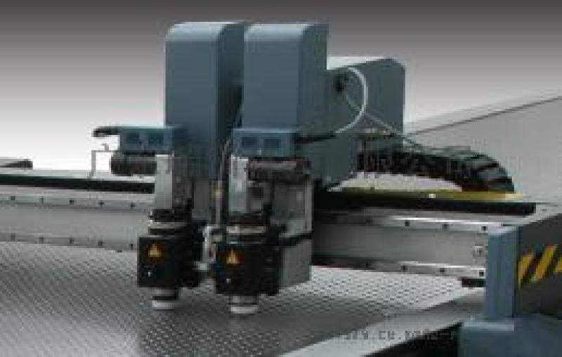 玻璃纤维布裁切机、自动排版切割