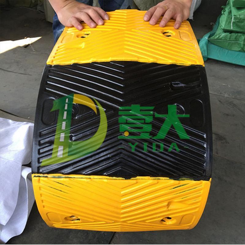 人字纹减速带 厂家直销橡胶减速带 壹大交通 品质保证
