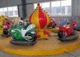 游乐场新型儿童旋转游乐设备摩托竞技