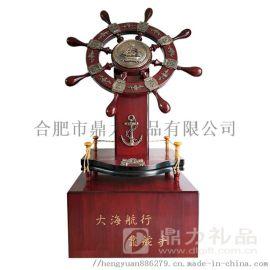 大型落地工艺品摆件-大海航行靠舵手