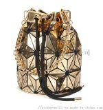 定製手提斜跨包戶外旅行休閒包幾何菱格