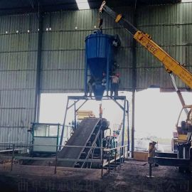 炉灰干粉自吸式装罐车机罐体除尘粉煤灰料气力输送机