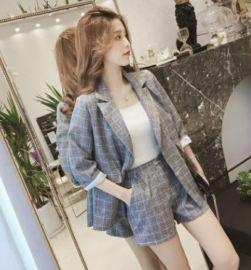 2020秋装新款小香风格子小西装套装女气质温柔风洋气减龄两件套装