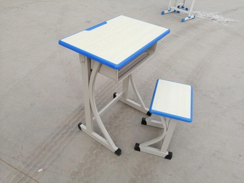 厂家大量批发课桌椅学生桌椅**桌椅,单人双人课桌