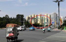 一组新型灯带式交通信号灯 醒目的信号灯发光灯带