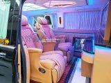 上海商务车改装航空座椅隔断升降电视木地板九宫格顶