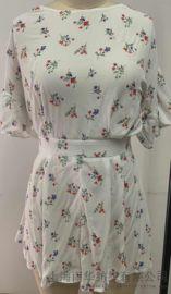 印花连衣裙 夏季性感可爱小心机 半露背款式 蝴蝶结