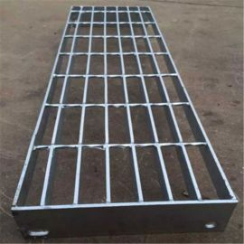 工地工棚用简易楼梯防滑踏步板厂家定制张掖热镀锌格栅平台板