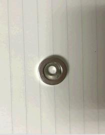 镀锌沉头孔圆形磁铁15*5