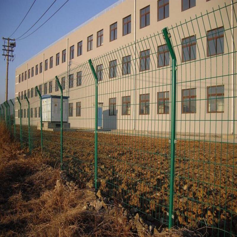 沃达现货双边丝护栏网 护栏网双边丝圈地护栏网