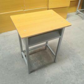 博腾hd-001学生课桌