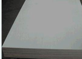 杨木胶合板耐腐蚀性强上色性好易于固定