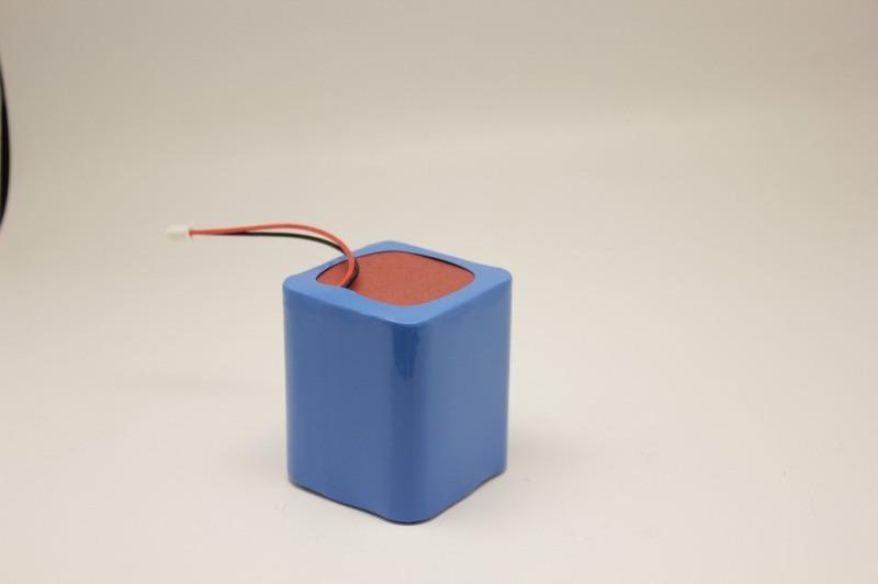 專業定製噴霧器鋰電池12V/5.6AH鋰電池組農場電動噴霧器電池