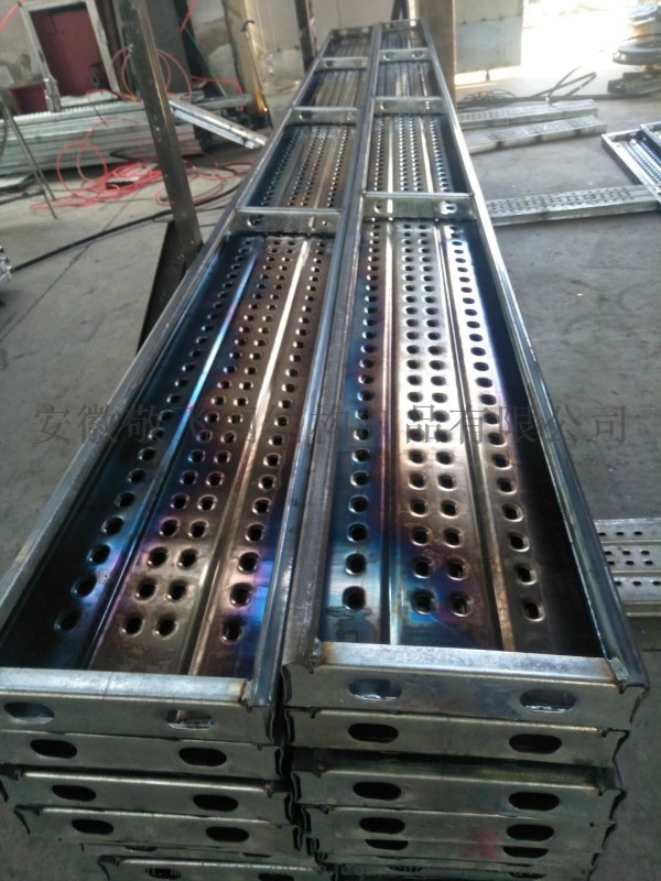 上海敬飞供应镀锌钢跳板及各类支架等