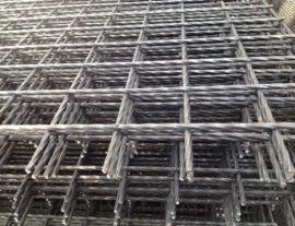 佛山现货倒水泥铁丝网片,建筑网,批荡钢筋网,电焊网