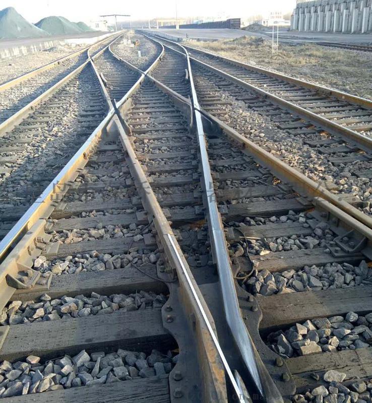 木枕50Kg/m钢轨9号5米交叉渡线道岔